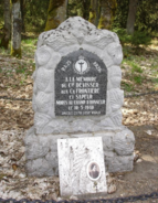 Memorial in honour of Charles Devisser